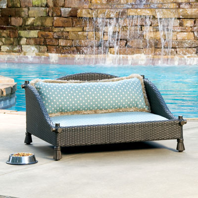 Good Large Woven Pet Bed PDAL W L by Veneman Outdoor Furniture