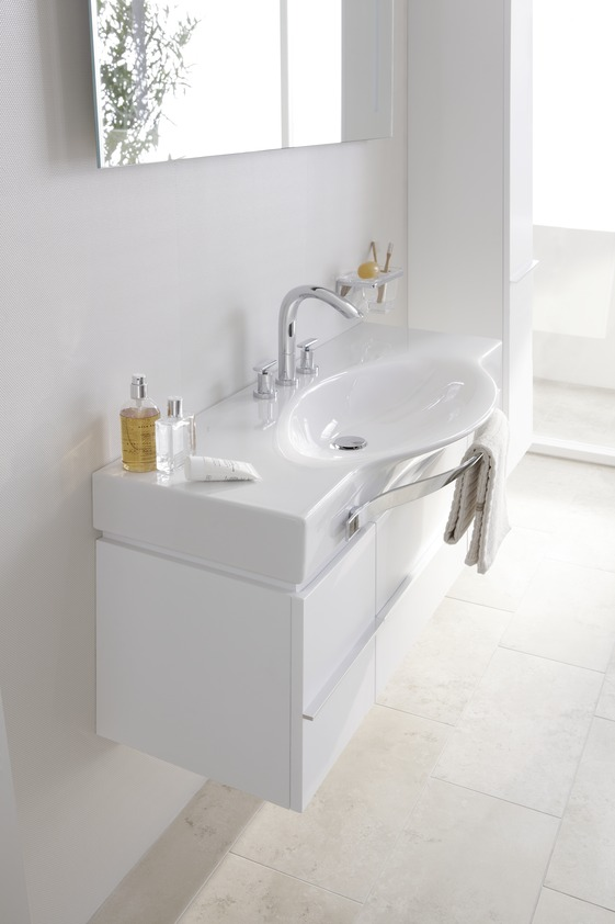 https://designerpages.s3.amazonaws.com/assets/52131122/PALACE____814706___Double_Countertop_Washbasin_7.jpg