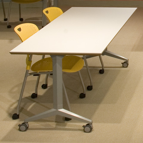 RHOMBII Flip Top Table With Casters