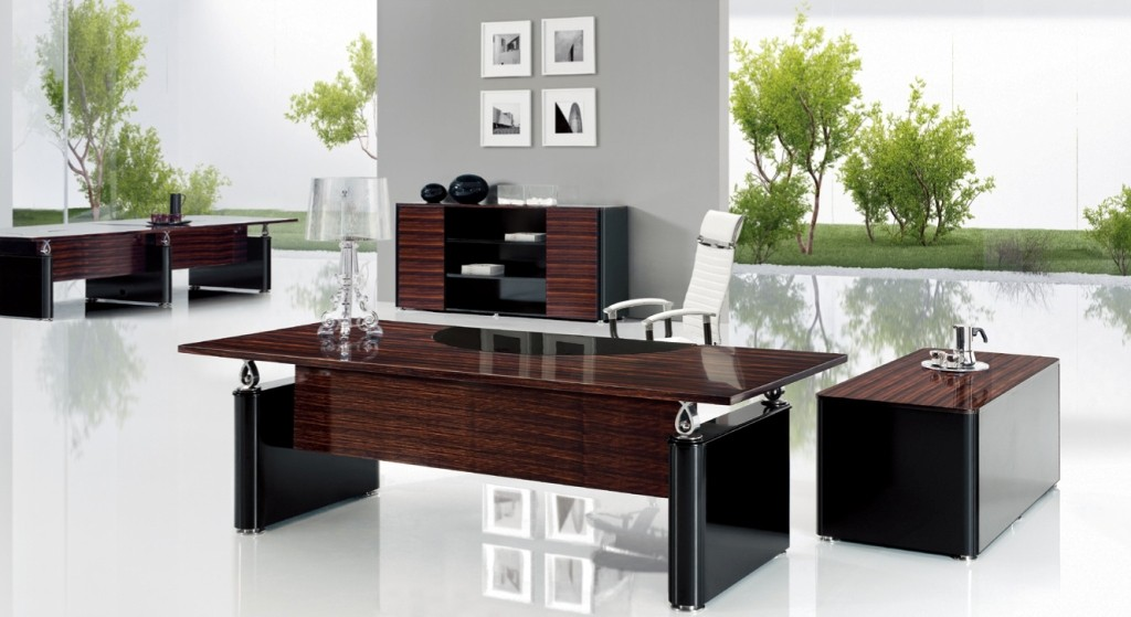 Nino D modern black lacquer desk, on Designer Pages