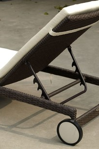 Pacifica Aluminum Wicker Sun Lounger on Designer Page