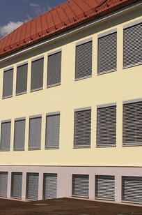 Hella Exterior Venetian Blinds on Designer Page