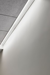 Wall/Slot® 8400 on Designer Page