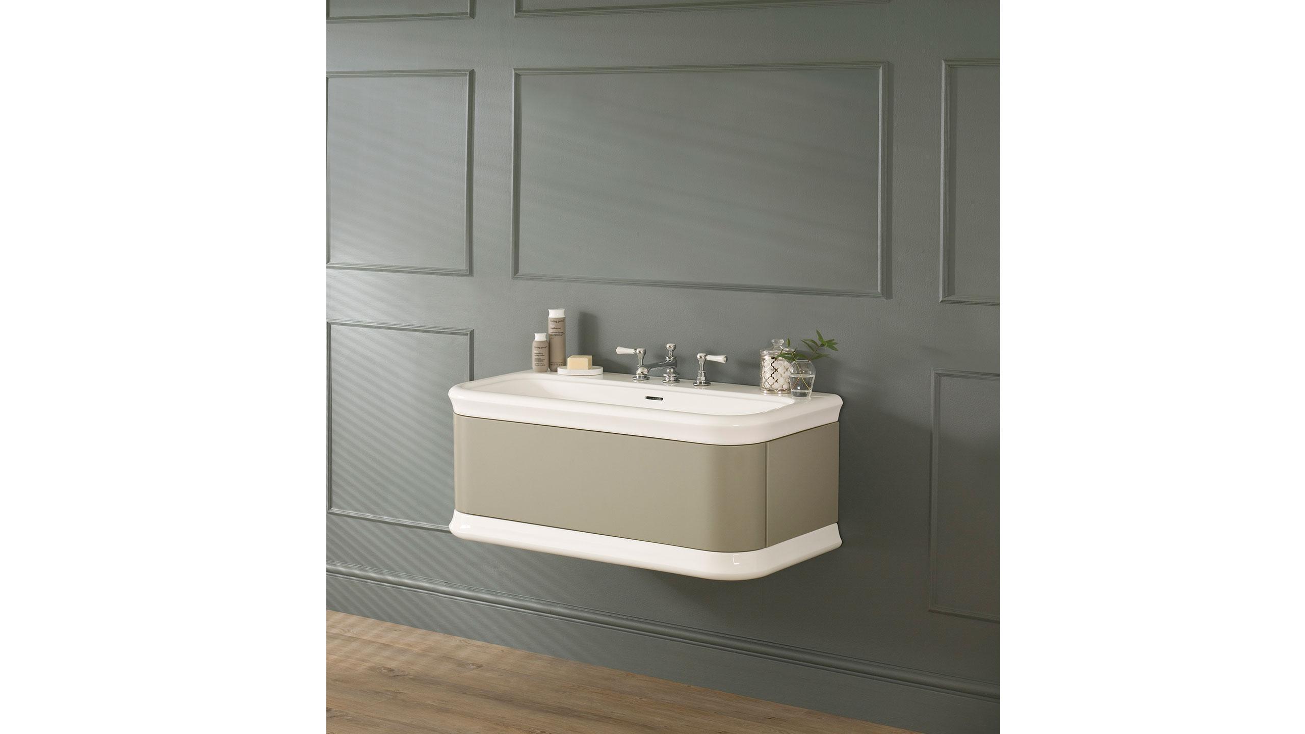 https://designerpages.s3.amazonaws.com/assets/60997131/Lario-100-volo-grey.jpg