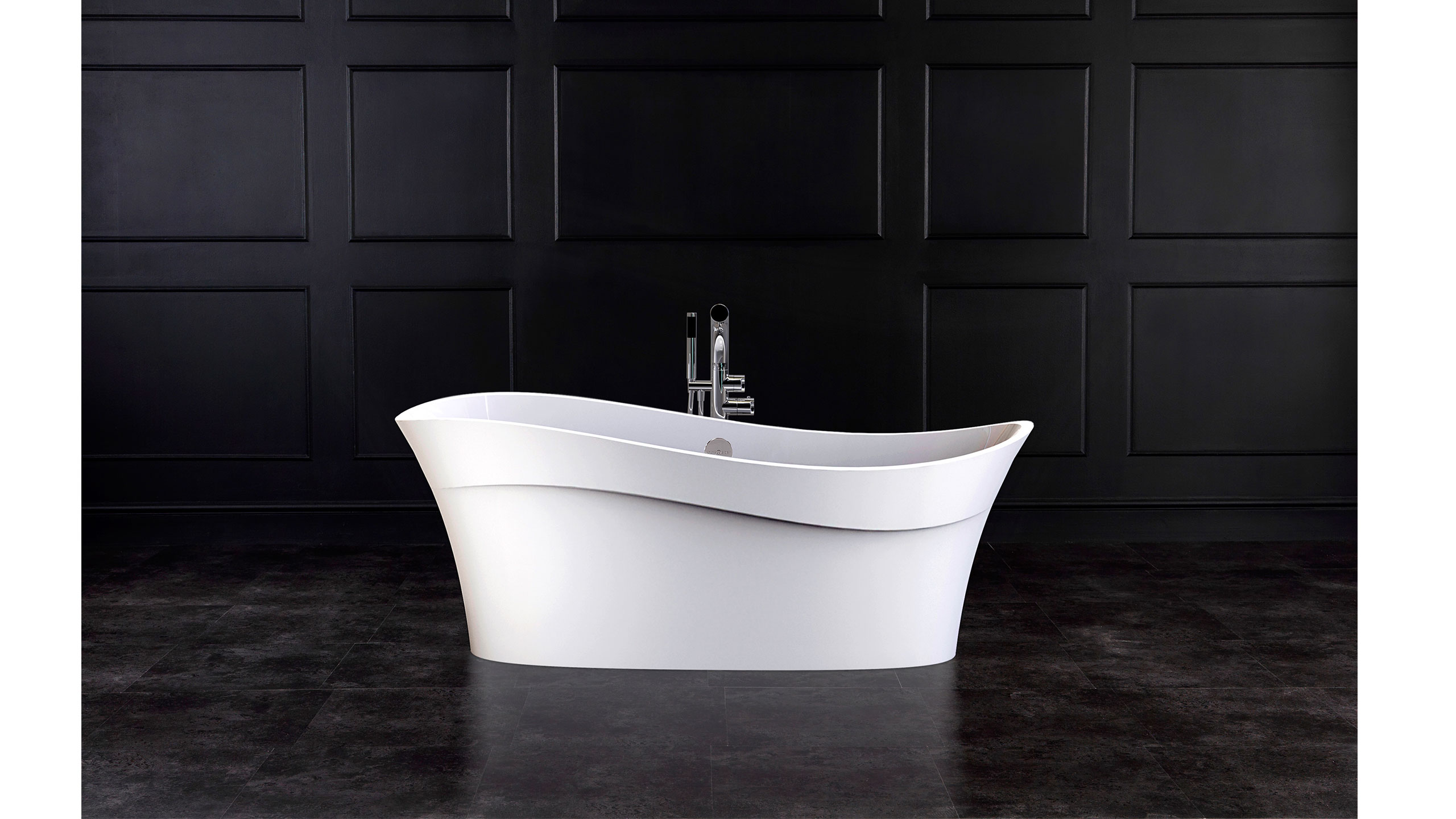 https://designerpages.s3.amazonaws.com/assets/60998341/Pescadero-bath-black-panel-US-.jpg